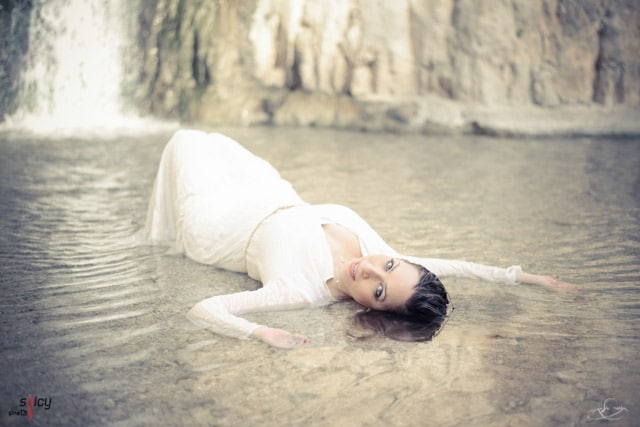 trash the dress in ein gedi 1