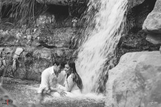 trash the dress in ein gedi